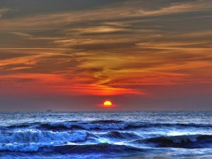 Закат на горизонте